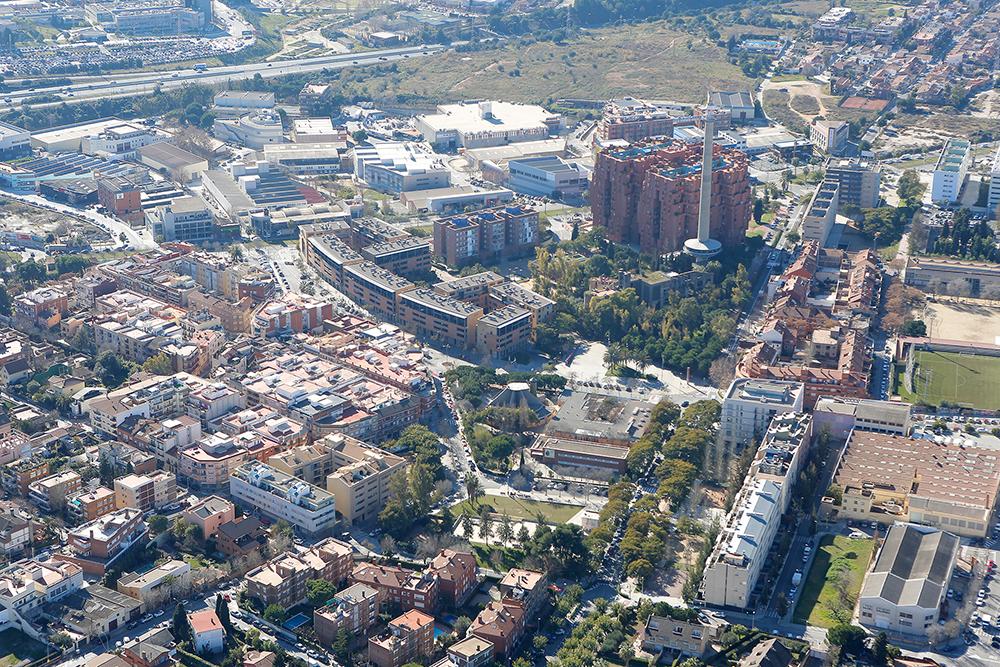 Quieres vivir a las afueras de la capital catalana for Pisos en sant just desvern
