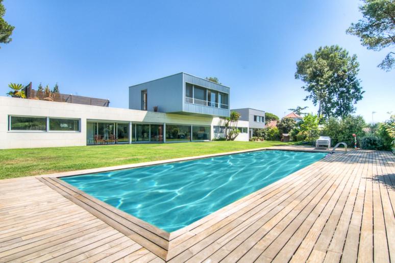 Casas de lujo en sant cugat for Casas con piscina y jardin de lujo
