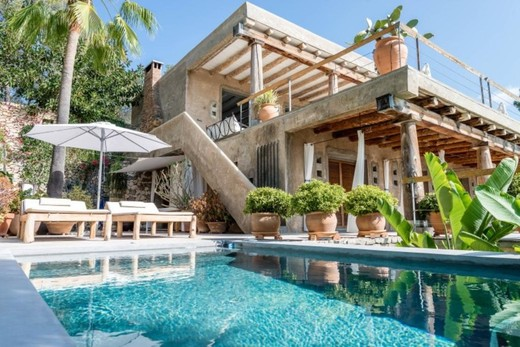 BOOM IN THE SALE OF LUXURY HOMES IN BARCELONA
